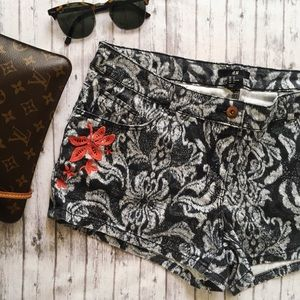 H&M Embroidered Printed Shorts